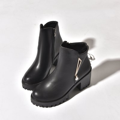BH168 Winter Cashmere Rubber Wear-Resistant Shoe Sole Leisure Fashion Martin BootsWomens Boots<br>BH168 Winter Cashmere Rubber Wear-Resistant Shoe Sole Leisure Fashion Martin Boots<br><br>Boot Height: Ankle<br>Boot Type: Fashion Boots<br>Closure Type: Slip-On<br>Gender: For Women<br>Heel Type: Others<br>Package Contents: 1x Shoes(pair)<br>Pattern Type: Solid<br>Season: Winter<br>Toe Shape: Round Toe<br>Upper Material: PU<br>Weight: 1.2800kg