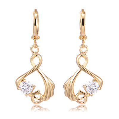 Zircon Earrings in the Fashion Palm