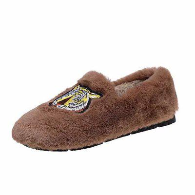 YQ-6009 Tiger Hair Shallowly Shallow Bottom Slacker Casual ShoesWomens Flats<br>YQ-6009 Tiger Hair Shallowly Shallow Bottom Slacker Casual Shoes<br><br>Available Size: 35?36?37?38?39?40<br>Closure Type: Slip-On<br>Flat Type: Mary Janes<br>Gender: For Women<br>Occasion: Casual<br>Package Contents: 1xShoes pair<br>Package size (L x W x H): 26.00 x 16.00 x 10.00 cm / 10.24 x 6.3 x 3.94 inches<br>Package weight: 0.5000 kg<br>Pattern Type: Solid<br>Season: Winter, Spring/Fall<br>Toe Shape: Round Toe<br>Toe Style: Closed Toe<br>Upper Material: Flock