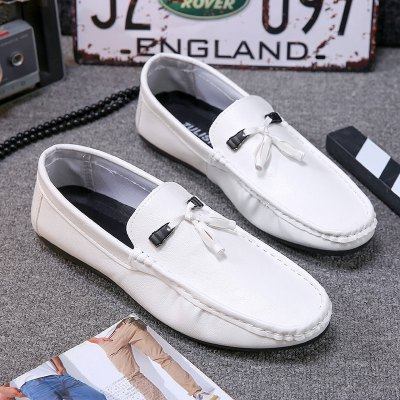 The New Spring Beans Mens Driving ShoesFlats &amp; Loafers<br>The New Spring Beans Mens Driving Shoes<br><br>Available Size: 39,40,41,42,43,44<br>Closure Type: Slip-On<br>Embellishment: None<br>Gender: For Men<br>Outsole Material: Rubber<br>Package Contents: 1xShoes(pair)<br>Pattern Type: Others<br>Season: Summer, Winter<br>Toe Shape: Round Toe<br>Toe Style: Closed Toe<br>Upper Material: PU<br>Weight: 1.2000kg