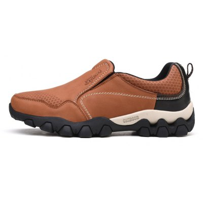 Men Casual Trend for Fashion Leather Air Breathable Outdoor ShoesMen's Sneakers<br>Men Casual Trend for Fashion Leather Air Breathable Outdoor Shoes<br><br>Available Size: 38-44<br>Closure Type: Slip-On<br>Embellishment: None<br>Gender: For Men<br>Outsole Material: Rubber<br>Package Contents: 1 x shoes pair<br>Pattern Type: Solid<br>Season: Spring/Fall<br>Toe Shape: Round Toe<br>Toe Style: Closed Toe<br>Upper Material: Leather<br>Weight: 1.2000kg