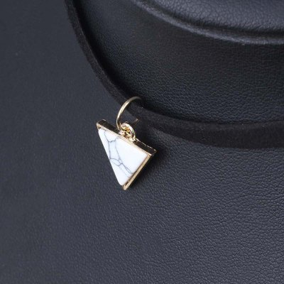 Black Velvet Necklace Pendant Triangle Choker Necklace Collar Necklaces for Women JewelryNecklaces &amp; Pendants<br>Black Velvet Necklace Pendant Triangle Choker Necklace Collar Necklaces for Women Jewelry<br><br>Package Contents: 1  x  Choker<br>Package size (L x W x H): 30.00 x 4.00 x 0.30 cm / 11.81 x 1.57 x 0.12 inches<br>Package weight: 0.0060 kg