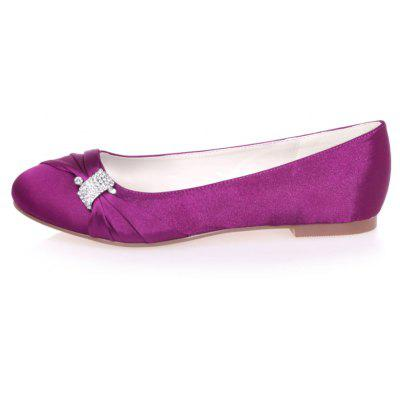 Womens Shoes Flat Round Head Female Wedding ShoesWomens Flats<br>Womens Shoes Flat Round Head Female Wedding Shoes<br><br>Available Size: 35-44<br>Closure Type: Slip-On<br>Embellishment: Metal<br>Flat Type: Ballet Flats<br>Gender: For Women<br>Heel Height: 0.6<br>Heel Height Range: Flat(0-0.5)<br>Insole Material: PU<br>Lining Material: PU<br>Occasion: Wedding<br>Outsole Material: Rubber<br>Package Contents: 1xshoes(pair)<br>Package size (L x W x H): 30.00 x 12.00 x 9.50 cm / 11.81 x 4.72 x 3.74 inches<br>Package weight: 0.5000 kg<br>Pattern Type: Others<br>Product weight: 0.3500 kg<br>Season: Spring/Fall<br>Shoe Width: Medium(B/M)<br>Toe Shape: Round Toe<br>Toe Style: Closed Toe<br>Upper Material: Mesh