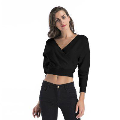 Lady V Collar Bats Crop TopCrop Tops<br>Lady V Collar Bats Crop Top<br><br>Material: Cotton<br>Package Contents: 1 x Crop Top<br>Pattern Type: Others<br>Shirt Length: Short<br>Style: Fashion<br>Weight: 0.2650kg