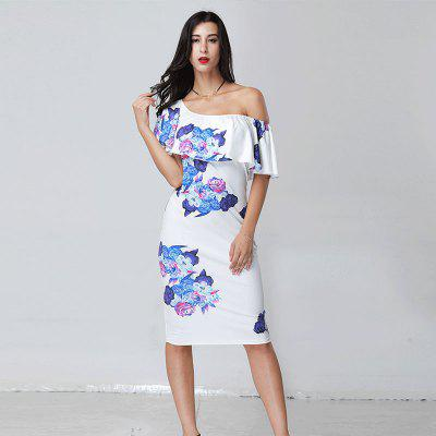 Strapless Flouncing Printed DressWomens Dresses<br>Strapless Flouncing Printed Dress<br><br>Dresses Length: Mid-Calf<br>Elasticity: Elastic<br>Fabric Type: Satin<br>Material: Polyester<br>Neckline: Slash Neck<br>Package Contents: 1 x Dress<br>Pattern Type: Print<br>Season: Spring, Summer, Fall<br>Silhouette: Sheath<br>Sleeve Length: Short Sleeves<br>Style: Fresh<br>Weight: 0.2600kg<br>With Belt: No