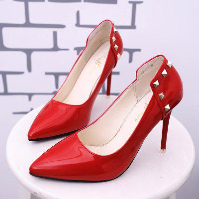 Simple Riveting OL Baiting and Single ShoesWomens Pumps<br>Simple Riveting OL Baiting and Single Shoes<br><br>Available Size: 35 36 37 38 39<br>Heel Height: 10.5cm<br>Heel Height Range: Super High(Above4)<br>Heel Type: Stiletto Heel<br>Lining Material: PU<br>Occasion: Dress<br>Outsole Material: Rubber<br>Package Contents: 1xshoes(pair)<br>Pumps Type: Basic<br>Season: Spring/Fall<br>Toe Shape: Pointed Toe<br>Toe Style: Closed Toe<br>Upper Material: PU<br>Weight: 1.5000kg
