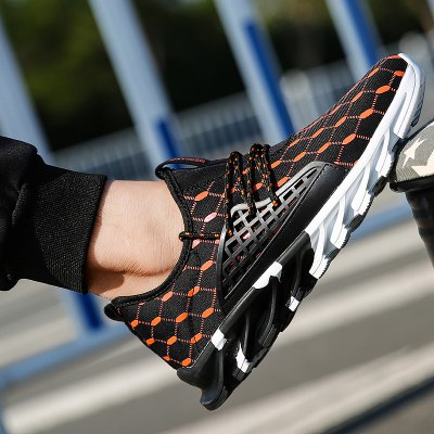 New Mesh Blade Tide Shoes Sports Casual MenS Running ShoesAthletic Shoes<br>New Mesh Blade Tide Shoes Sports Casual MenS Running Shoes<br><br>Available Size: 39-45<br>Closure Type: Lace-Up<br>Feature: Breathable<br>Gender: For Men<br>Insole Material: Rubber<br>Lining Material: Cotton Fabric<br>Outsole Material: TPR<br>Package Contents: 1 x shoes (pair)<br>Package Size(L x W x H): 33.00 x 20.00 x 12.00 cm / 12.99 x 7.87 x 4.72 inches<br>Package weight: 1.0070 kg<br>Pattern Type: Geometric<br>Product weight: 0.7000 kg<br>Season: Summer<br>Shoe Width: Medium(B/M)<br>Upper Material: Stretch Fabric