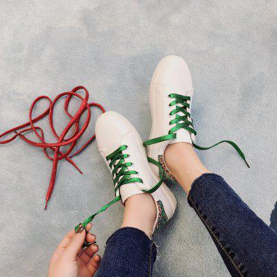 Flat Bottomed Lounge Single ShoeWomens Casual Shoes<br>Flat Bottomed Lounge Single Shoe<br><br>Available Size: 35.36.37.38.39.40<br>Closure Type: Lace-Up<br>Embellishment: Appliques<br>Gender: For Women<br>Outsole Material: Rubber<br>Package Contents: 1 x shoes (pair)<br>Pattern Type: Geometric<br>Season: Winter<br>Toe Shape: Round Toe<br>Toe Style: Closed Toe<br>Upper Material: PU<br>Weight: 1.0800kg