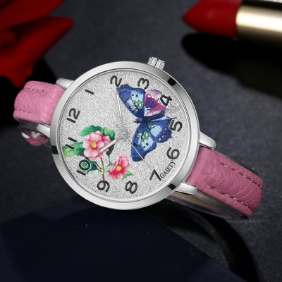 GAIETY G353 Women Silver Tone Bezel Leather Strap Quartz WatchWomens Watches<br>GAIETY G353 Women Silver Tone Bezel Leather Strap Quartz Watch<br><br>Band material: PU<br>Band size: 21.5 x 1 CM<br>Case material: Metal<br>Clasp type: Pin buckle<br>Dial size: 3.5 x 3.5 x 0.7 CM<br>Display type: Analog<br>Movement type: Quartz watch<br>Package Contents: 1 x Watch<br>Package size (L x W x H): 24.00 x 4.00 x 1.00 cm / 9.45 x 1.57 x 0.39 inches<br>Package weight: 0.0260 kg<br>Product size (L x W x H): 21.50 x 3.50 x 0.70 cm / 8.46 x 1.38 x 0.28 inches<br>Product weight: 0.0240 kg<br>Shape of the dial: Round<br>Watch mirror: Mineral glass<br>Watch style: Classic, Childlike, Fashion, Casual<br>Watches categories: Women,Female table<br>Water resistance: No