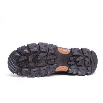Four Cowhide Rubber Has Leisure ShoesMen's Sneakers<br>Four Cowhide Rubber Has Leisure Shoes<br><br>Available Size: 38 39 40 41 42 43 44<br>Closure Type: Lace-Up<br>Embellishment: Fur<br>Gender: For Men<br>Outsole Material: Rubber<br>Package Contents: 1xshoes(pair)<br>Pattern Type: Solid<br>Season: Summer, Winter, Spring/Fall<br>Toe Shape: Round Toe<br>Toe Style: Closed Toe<br>Upper Material: Full Grain Leather<br>Weight: 1.6896kg