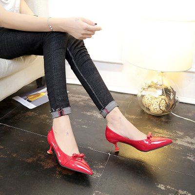 Bow Tie Stylish Kitten HeelsWomens Pumps<br>Bow Tie Stylish Kitten Heels<br><br>Available Size: 35 36 37 38 39<br>Heel Type: Stiletto Heel<br>Insole Material: PU<br>Lining Material: PU<br>Occasion: Dress<br>Package Contents: 1xshoes(pair)<br>Pumps Type: Basic<br>Season: Spring/Fall<br>Toe Shape: Pointed Toe<br>Toe Style: Closed Toe<br>Upper Material: PU<br>Weight: 1.5000kg
