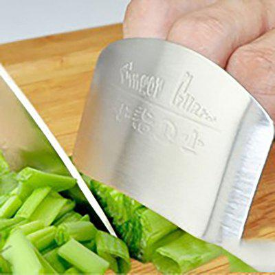 DIHE Cut Up Vegetables Finger Protector Stainless SteelOther Kitchen Accessories<br>DIHE Cut Up Vegetables Finger Protector Stainless Steel<br><br>Available Color: Silver<br>Brand: DIHE<br>Material: Metal<br>Package Contents: 1 x Finger Protector<br>Package size (L x W x H): 6.50 x 4.50 x 1.00 cm / 2.56 x 1.77 x 0.39 inches<br>Package weight: 0.0930 kg<br>Product size (L x W x H): 6.00 x 4.00 x 1.00 cm / 2.36 x 1.57 x 0.39 inches<br>Product weight: 0.0900 kg<br>Type: Other Kitchen Accessories