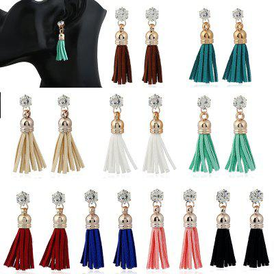 Flannelette Alloy Diamond-Encrusted Fringe EarringsEarrings<br>Flannelette Alloy Diamond-Encrusted Fringe Earrings<br><br>Back Finding: Push-back<br>Earring Type: Hoop Earrings<br>Gender: For Women<br>Material: Zinc Alloy<br>Metal Type: Zinc Alloy<br>Occasion: Party<br>Package Contents: 1 x pair of earring<br>Package size (L x W x H): 1.00 x 1.00 x 1.00 cm / 0.39 x 0.39 x 0.39 inches<br>Package weight: 0.0190 kg<br>Product weight: 0.0090 kg<br>Setting Type: None<br>Shape/Pattern: Animal<br>Style: Bohemia<br>Surface Plating: 14K Gold Plated