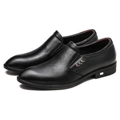Four Seasons MenS First Layer of Leather Business Set of Casual Shoes MenS ShoesMen's Oxford<br>Four Seasons MenS First Layer of Leather Business Set of Casual Shoes MenS Shoes<br><br>Available Size: 38 39 40 41 42 43 44<br>Closure Type: Lace-Up<br>Embellishment: Fur<br>Gender: For Men<br>Outsole Material: Rubber<br>Package Contents: 1xshoes(pair)<br>Pattern Type: Solid<br>Season: Summer, Winter, Spring/Fall<br>Toe Shape: Round Toe<br>Toe Style: Closed Toe<br>Upper Material: Full Grain Leather<br>Weight: 1.6896kg