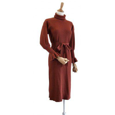 High Collar Leaf Sleeve Lady Slim Long Knitted DressSweaters &amp; Cardigans<br>High Collar Leaf Sleeve Lady Slim Long Knitted Dress<br><br>Collar: Turtleneck<br>Elasticity: Elastic<br>Material: Cotton, Polyester<br>Package Contents: 1 x  dress ,1 x Belt ,1 x Collar<br>Sleeve Length: Full<br>Style: Casual<br>Technics: Computer Knitted<br>Type: Pullovers<br>Weight: 1.0000kg