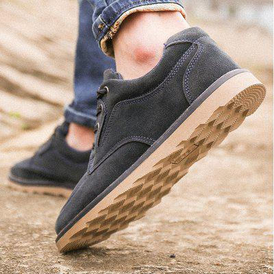 Warrior Trend Men Casual Cotton ShoesCasual Shoes<br>Warrior Trend Men Casual Cotton Shoes<br><br>Available Size: 39-44<br>Closure Type: Lace-Up<br>Embellishment: None<br>Gender: For Men<br>Outsole Material: Rubber<br>Package Contents: 1 x pair of shoes<br>Pattern Type: Solid<br>Season: Spring/Fall, Winter<br>Toe Shape: Round Toe<br>Toe Style: Closed Toe<br>Upper Material: Flock<br>Weight: 1.3167kg