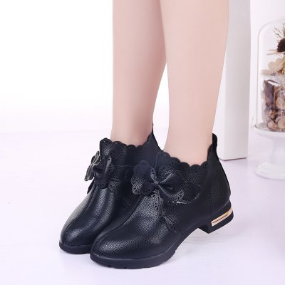 Autumn Winter Ankle Martin BootsGirls shose<br>Autumn Winter Ankle Martin Boots<br><br>Available Size: 27-37<br>Boot Type: Fashion Boots<br>Closure Type: Zip<br>Embellishment: Bow<br>Gender: Baby Girls<br>Item Type: Boots<br>Lining Material: Plush<br>Outsole Material: Rubber<br>Package Contents: 1 x Pair of Shoes<br>Package weight: 0.6000 kg<br>Seasons: Winter<br>Upper Material: PU