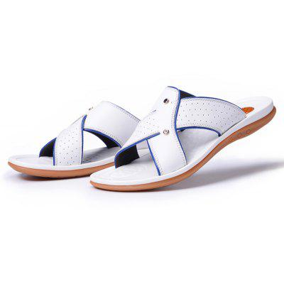 2017 Summer MenS Leather Slippers Sandals Good Quality Outdoor Leather SlippersMens Slippers<br>2017 Summer MenS Leather Slippers Sandals Good Quality Outdoor Leather Slippers<br><br>Available Size: 38 39 40 41 42 43<br>Embellishment: Criss-Cross<br>Gender: For Men<br>Outsole Material: Rubber<br>Package Contents: 1xShoes(pair)<br>Pattern Type: Solid<br>Season: Summer<br>Slipper Type: Outdoor<br>Style: Leisure<br>Upper Material: Genuine Leather<br>Weight: 2.0944kg