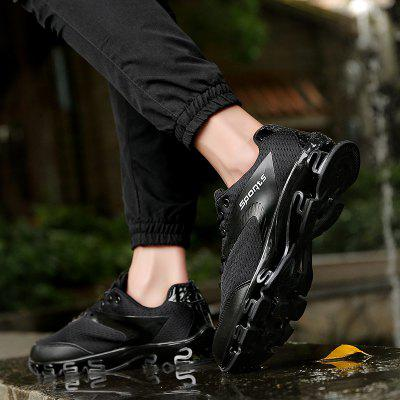 New MenS Fashion Sports Running ShoesMen's Sneakers<br>New MenS Fashion Sports Running Shoes<br><br>Available Size: 39-44<br>Closure Type: Lace-Up<br>Feature: Massage<br>Gender: Unisex<br>Outsole Material: Rubber<br>Package Contents: 1 x shoes(pair)<br>Package Size(L x W x H): 33.00 x 20.00 x 12.00 cm / 12.99 x 7.87 x 4.72 inches<br>Package weight: 0.6000 kg<br>Pattern Type: Solid<br>Season: Spring/Fall<br>Upper Material: PU