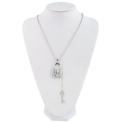 Europe and the United States trend of the new diamond key necklace Flash drill lock pendant sweater chain hundred hot seNecklaces &amp; Pendants<br>Europe and the United States trend of the new diamond key necklace Flash drill lock pendant sweater chain hundred hot se<br><br>Gender: For Women<br>Item Type: Pendant Necklaces<br>Material: Semi-Precious Stone<br>Metal Type: Zinc Alloy<br>Necklace Type: Link Chain<br>Package Contents: 1 x necklace<br>Package size (L x W x H): 1.00 x 1.00 x 1.00 cm / 0.39 x 0.39 x 0.39 inches<br>Package weight: 0.0350 kg<br>Product size (L x W x H): 1.00 x 1.00 x 1.00 cm / 0.39 x 0.39 x 0.39 inches<br>Shape/Pattern: Geometric<br>Stone Color: White<br>Style: Trendy<br>Surface Plating: Silver Plated