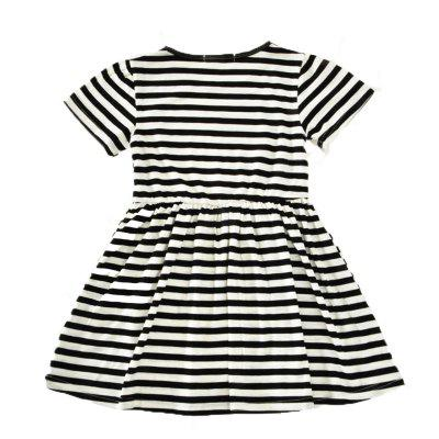 SOSOCOER Girls Dresses Fashionable Short Sleeved Black Striped Love SkirtGirls dresses<br>SOSOCOER Girls Dresses Fashionable Short Sleeved Black Striped Love Skirt<br><br>Brand: SOSOCOER<br>Dresses Length: Knee-Length<br>Embellishment: Appliques<br>Material: Cotton<br>Neckline: Round Collar<br>Package Contents: 1 x Dress<br>Pattern Type: Heart<br>Season: Summer<br>Silhouette: A-Line<br>Sleeve Length: Short Sleeves<br>Style: British<br>Weight: 0.2200kg<br>With Belt: No