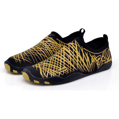 Men Beach Diving Snorkeling Wading ShoesCasual Shoes<br>Men Beach Diving Snorkeling Wading Shoes<br><br>Available Size: 27,28,29,30,31,32,33,34,35,36,37,38,39,40,41,42,43,44,45,46<br>Closure Type: Slip-On<br>Feature: Breathable<br>Gender: Unisex<br>Insole Material: PU<br>Lining Material: Cotton Fabric<br>Outsole Material: Rubber<br>Package Contents: 1xShoes(pair)<br>Package Size(L x W x H): 30.00 x 18.00 x 3.00 cm / 11.81 x 7.09 x 1.18 inches<br>Package weight: 0.3500 kg<br>Pattern Type: Print<br>Season: Spring/Fall<br>Shoe Width: Medium(B/M)<br>Upper Material: Microfiber