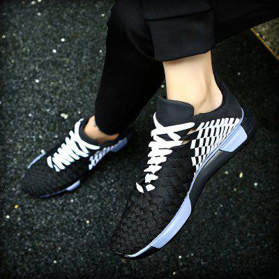 New Mesh Flight Fly Leisure ShoesMen's Sneakers<br>New Mesh Flight Fly Leisure Shoes<br><br>Available Size: 39-44<br>Closure Type: Lace-Up<br>Embellishment: Criss-Cross<br>Gender: For Men<br>Outsole Material: Rubber<br>Package Contents: 1xshoes(pair)<br>Pattern Type: Solid<br>Season: Summer, Spring/Fall<br>Toe Shape: Round Toe<br>Toe Style: Closed Toe<br>Upper Material: Cloth<br>Weight: 1.5840kg
