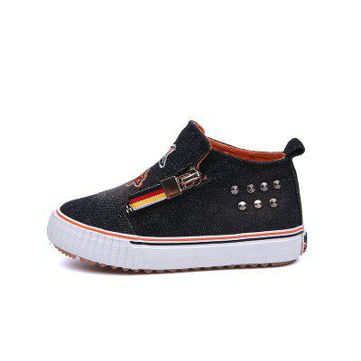 New Men and Womens Boys and Girls Feet Cowboy Canvas ShoesBoys shose<br>New Men and Womens Boys and Girls Feet Cowboy Canvas Shoes<br><br>Available Size: 24-37<br>Closure Type: Zip<br>Embellishment: Pattern<br>Gender: Unisex<br>Heel Height Range: Flat(0-0.5)<br>Heel Type: Flat Heel<br>Insole Material: EVA<br>Item Type: Children Casual Shoes<br>Lining Material: Canvas<br>Package Contents: 1 x Pair of Shoes<br>Package weight: 0.5500 kg<br>Pattern Type: Character<br>Product weight: 0.5000 kg<br>Seasons: Summer,Winter,Spring/Fall<br>Shoe Width: Medium(B/M)<br>Toe Shape: Round Toe<br>Upper Material: Canvas
