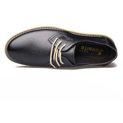 Spring 2018  Leather Round  Lace-Up Casual Comfortable Breathable Mens Shoes 8200Formal Shoes<br>Spring 2018  Leather Round  Lace-Up Casual Comfortable Breathable Mens Shoes 8200<br><br>Available Size: 38-44<br>Closure Type: Lace-Up<br>Embellishment: None<br>Gender: For Men<br>Insole Material: PVC<br>Lining Material: Genuine Leather<br>Occasion: Casual<br>Outsole Material: Rubber<br>Package Contents: 1xshoes(pair)<br>Pattern Type: Others<br>Season: Summer, Winter, Spring/Fall<br>Shoe Width: Medium(B/M)<br>Toe Shape: Round Toe<br>Toe Style: Closed Toe<br>Upper Material: Cow Split<br>Weight: 2.1120kg