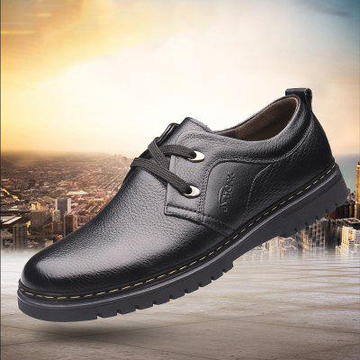 New Fashion Leather Round Men Casual Shoes 2156Formal Shoes<br>New Fashion Leather Round Men Casual Shoes 2156<br><br>Available Size: 38-44<br>Closure Type: Lace-Up<br>Embellishment: None<br>Gender: For Men<br>Insole Material: PVC<br>Lining Material: Genuine Leather<br>Occasion: Casual<br>Outsole Material: Rubber<br>Package Contents: 1xshoes(pair)<br>Pattern Type: Others<br>Season: Summer, Winter, Spring/Fall<br>Shoe Width: Medium(B/M)<br>Toe Shape: Round Toe<br>Toe Style: Closed Toe<br>Upper Material: Full Grain Leather<br>Weight: 2.1120kg