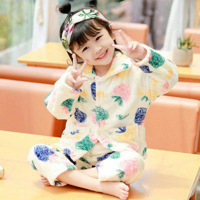 Spring and Autumn Flannel Girls Pajamas Set White Strawberry Graffiti Pattern Warm Home Suit от GearBest.com INT