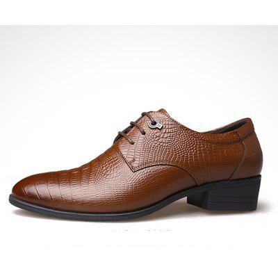 The New Head Layer Cowhide British Business Mens Leather ShoesFormal Shoes<br>The New Head Layer Cowhide British Business Mens Leather Shoes<br><br>Available Size: 38-44<br>Closure Type: Lace-Up<br>Embellishment: Flowers<br>Gender: For Men<br>Insole Material: PU<br>Lining Material: Genuine Leather<br>Occasion: Formal<br>Outsole Material: Rubber<br>Package Contents: 1xshoes(pair)<br>Pattern Type: Print<br>Season: Summer, Winter, Spring/Fall<br>Shoe Width: Narrow(AA/N)<br>Toe Shape: Pointed Toe<br>Toe Style: Closed Toe<br>Upper Material: Full Grain Leather<br>Weight: 1.9800kg