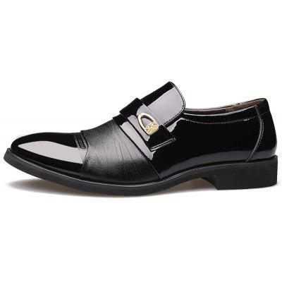 The New Business  Pointed  Mens Shoes 9955Formal Shoes<br>The New Business  Pointed  Mens Shoes 9955<br><br>Available Size: 38-44<br>Closure Type: Lace-Up<br>Embellishment: Metal<br>Gender: For Men<br>Insole Material: PU<br>Lining Material: Genuine Leather<br>Occasion: Formal<br>Outsole Material: Rubber<br>Package Contents: 1xshoes(pair)<br>Pattern Type: Patchwork<br>Season: Summer, Winter, Spring/Fall<br>Shoe Width: Narrow(AA/N)<br>Toe Shape: Pointed Toe<br>Toe Style: Closed Toe<br>Upper Material: Microfiber<br>Weight: 1.9800kg