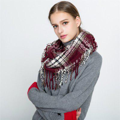 M1702 Dotted Line Freded Lattice Scarf