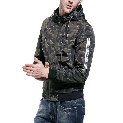 Men 2018 Fall New Hooded JacketMens Jackets &amp; Coats<br>Men 2018 Fall New Hooded Jacket<br><br>Clothes Type: Jackets<br>Collar: Hooded<br>Material: Polyester<br>Package Contents: 1 x jacket<br>Season: Fall<br>Shirt Length: Regular<br>Sleeve Length: Long Sleeves<br>Style: Casual<br>Weight: 0.5000kg