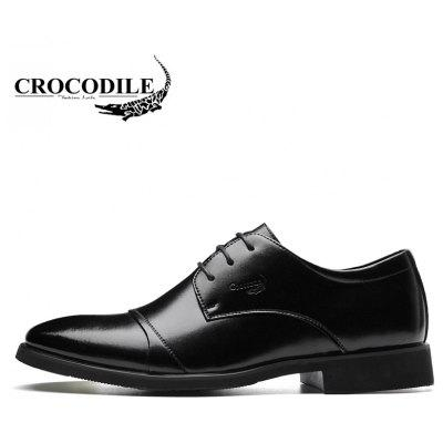 CROCODILE New Men Business Leather Shoes WFX00372063Formal Shoes<br>CROCODILE New Men Business Leather Shoes WFX00372063<br><br>Available Size: 38-43<br>Closure Type: Lace-Up<br>Embellishment: None<br>Flat Type: Slingbacks<br>Gender: For Men<br>Insole Material: PU<br>Lining Material: Genuine Leather<br>Occasion: Dress<br>Outsole Material: Rubber<br>Package Contents: 1xshoes(pair)<br>Pattern Type: Patchwork<br>Season: Summer, Spring/Fall, Winter<br>Shoe Width: Medium(B/M)<br>Toe Shape: Pointed Toe<br>Toe Style: Closed Toe<br>Upper Material: Cow Split<br>Weight: 1.9800kg