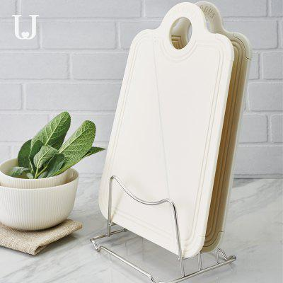 JORDAN&amp;JUDY Creative folding boardOther Kitchen Accessories<br>JORDAN&amp;JUDY Creative folding board<br><br>Material: Silicone<br>Package Contents: 1 x folding board<br>Package size (L x W x H): 33.00 x 21.00 x 0.50 cm / 12.99 x 8.27 x 0.2 inches<br>Package weight: 0.2300 kg<br>Product weight: 0.2300 kg<br>Type: Other Kitchen Accessories