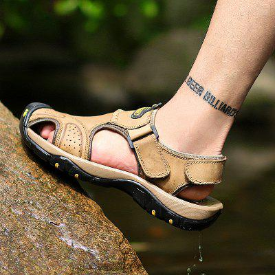 New Leather Hollow Casual SandalsMens Sandals<br>New Leather Hollow Casual Sandals<br><br>Available Size: 38-44<br>Closure Type: Slip-On<br>Embellishment: None<br>Gender: For Men<br>Outsole Material: Rubber<br>Package Contents: 1xshoes(pair)<br>Pattern Type: Solid<br>Season: Summer, Spring/Fall<br>Toe Shape: Round Toe<br>Toe Style: Closed Toe<br>Upper Material: Genuine Leather<br>Weight: 1.5840kg