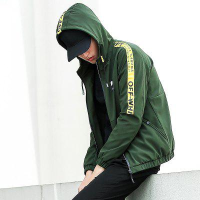 Young Hip-Hop Style Hooded JacketMens Jackets &amp; Coats<br>Young Hip-Hop Style Hooded Jacket<br><br>Clothes Type: Jackets<br>Collar: Hooded<br>Material: Polyester<br>Package Contents: 1xJacket<br>Season: Spring, Fall, Winter<br>Shirt Length: Regular<br>Sleeve Length: Long Sleeves<br>Style: Fashion<br>Weight: 0.6000kg