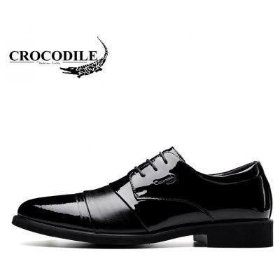 CROCODILE New Men Leisure Business Leather Shoes WFX00372066Formal Shoes<br>CROCODILE New Men Leisure Business Leather Shoes WFX00372066<br><br>Available Size: 38-43<br>Closure Type: Lace-Up<br>Embellishment: None<br>Flat Type: Slingbacks<br>Gender: For Men<br>Insole Material: PU<br>Lining Material: Genuine Leather<br>Occasion: Casual<br>Outsole Material: Rubber<br>Package Contents: 1xshoes(pair)<br>Pattern Type: Patchwork<br>Season: Summer, Spring/Fall, Winter<br>Shoe Width: Medium(B/M)<br>Toe Shape: Pointed Toe<br>Toe Style: Closed Toe<br>Upper Material: Microfiber<br>Weight: 1.9800kg