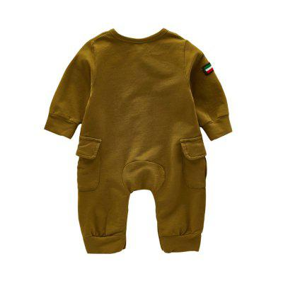 Handsome Pilot Cotton Jumpsuitbaby rompers<br>Handsome Pilot Cotton Jumpsuit<br><br>Closure Type: Single Breasted<br>Collar: Round Neck<br>Gender: Unisex<br>Material: Cotton, Cotton Blend<br>Package Contents: 1 x Jumpsuit<br>Pattern Style: Solid<br>Season: Spring<br>Sleeve Length: Full<br>Thickness: General<br>Weight: 0.3000kg