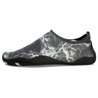 Men Casual Trend for Fashion Hiking Outdoor Sport Flat Water Slip on ShoesMens Sandals<br>Men Casual Trend for Fashion Hiking Outdoor Sport Flat Water Slip on Shoes<br><br>Available Size: 35-45<br>Closure Type: Slip-On<br>Embellishment: None<br>Gender: For Men<br>Outsole Material: Rubber<br>Package Contents: 1x shoes pair<br>Pattern Type: Others<br>Season: Summer, Spring/Fall<br>Toe Shape: Round Toe<br>Toe Style: Closed Toe<br>Upper Material: Cloth<br>Weight: 1.2000kg