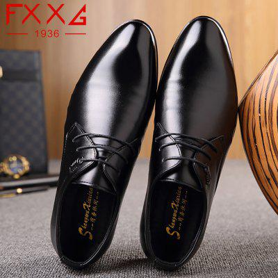 Leather Shoes Business ShoesFormal Shoes<br>Leather Shoes Business Shoes<br><br>Available Size: 38?39?40?41?42?43?44<br>Closure Type: Lace-Up<br>Embellishment: Metal<br>Gender: For Men<br>Occasion: Dress<br>Outsole Material: Rubber<br>Package Contents: 1xshoes(pair)<br>Pattern Type: Solid<br>Season: Summer, Winter, Spring/Fall<br>Toe Shape: Round Toe<br>Toe Style: Closed Toe<br>Upper Material: PU<br>Weight: 1.5600kg