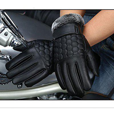 Winter Mens PU Water Skin Leather Touch Screen Leather Gloves To Keep Warm and Bike Riding To Protect Against ColdMens Gloves<br>Winter Mens PU Water Skin Leather Touch Screen Leather Gloves To Keep Warm and Bike Riding To Protect Against Cold<br><br>Gender: For Men<br>Glove Length: Wrist<br>Group: Adult<br>Material: Leather<br>Package Contents: 1 x Gloves<br>Package size (L x W x H): 25.00 x 15.00 x 5.00 cm / 9.84 x 5.91 x 1.97 inches<br>Package weight: 0.1350 kg<br>Palm Circumference: 24<br>Pattern Type: Others<br>Style: Fashion<br>The Middle Finger Length: 9.5