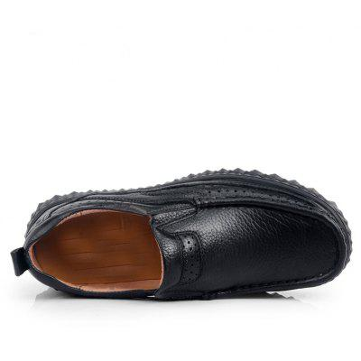 Rubber Bottom Business Leather ShoesMen's Oxford<br>Rubber Bottom Business Leather Shoes<br><br>Available Size: 41 42 43 44<br>Closure Type: Lace-Up<br>Feature: Breathable<br>Gender: For Men<br>Outsole Material: Rubber<br>Package Contents: 1xshoes(pair)<br>Package Size(L x W x H): 32.00 x 22.00 x 12.00 cm / 12.6 x 8.66 x 4.72 inches<br>Package weight: 1.1000 kg<br>Pattern Type: Solid<br>Season: Summer<br>Upper Material: Full Grain Leather