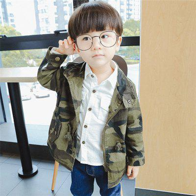 ChildrenS New Camouflage Long Sleeve Hooded Jacket Trench CoatBoys Outerwear<br>ChildrenS New Camouflage Long Sleeve Hooded Jacket Trench Coat<br><br>Closure Type: Zipper<br>Clothes Type: Trench<br>Collar: Stand Collar<br>Fabric Type: Oxford<br>Material: Cotton, Cotton Blends<br>Package Contents: 1X Coat<br>Pattern Type: Print<br>Season: Spring<br>Shirt Length: Regular<br>Sleeve Length: Long Sleeves<br>Sleeve Style: Regular<br>Style: Casual<br>Suitable Age: 8 years old up,3 years old up,Less than 7 years old<br>Weight: 0.2000kg