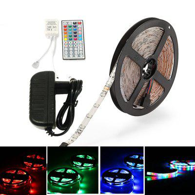ZDM Waterproof 5M 2835RGB LED Light Strip e controller IR44 12V / 3A Alimentazione AC100-240V