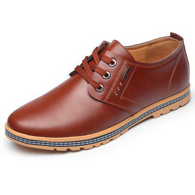 British Style Business Casual ShoesMen's Oxford<br>British Style Business Casual Shoes<br><br>Available Size: 38-44<br>Closure Type: Lace-Up<br>Embellishment: None<br>Gender: For Men<br>Occasion: Casual<br>Outsole Material: Rubber<br>Package Contents: 1xshoes(pair)<br>Pattern Type: Solid<br>Season: Summer, Spring/Fall<br>Toe Shape: Pointed Toe<br>Toe Style: Closed Toe<br>Upper Material: Genuine Leather<br>Weight: 1.5840kg