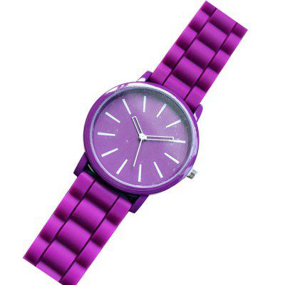 Stylish Silicone Band Women WatchWomens Watches<br>Stylish Silicone Band Women Watch<br><br>Band material: Silicone<br>Case material: Zinc Alloy<br>Display type: Analog<br>Movement type: Quartz watch<br>Package Contents: 1 x Watch<br>Package size (L x W x H): 26.00 x 6.00 x 3.00 cm / 10.24 x 2.36 x 1.18 inches<br>Package weight: 0.0500 kg<br>Product size (L x W x H): 24.00 x 3.80 x 0.95 cm / 9.45 x 1.5 x 0.37 inches<br>Product weight: 0.0350 kg<br>Shape of the dial: Round<br>Watch style: Fashion, Casual<br>Watches categories: Women<br>Water resistance: No