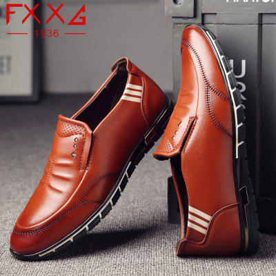 Outdoor Leisure Leather ShoesMen's Oxford<br>Outdoor Leisure Leather Shoes<br><br>Available Size: 38?39?40?41?42?43?44<br>Closure Type: Slip-On<br>Embellishment: None<br>Gender: For Men<br>Occasion: Casual<br>Outsole Material: Rubber<br>Package Contents: 1xshoes(pair)<br>Pattern Type: Solid<br>Season: Summer, Winter, Spring/Fall<br>Toe Shape: Round Toe<br>Toe Style: Closed Toe<br>Upper Material: Microfiber<br>Weight: 1.5600kg